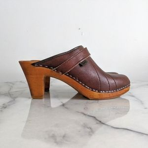 vintage 80s/90s heeled leather mule clogs